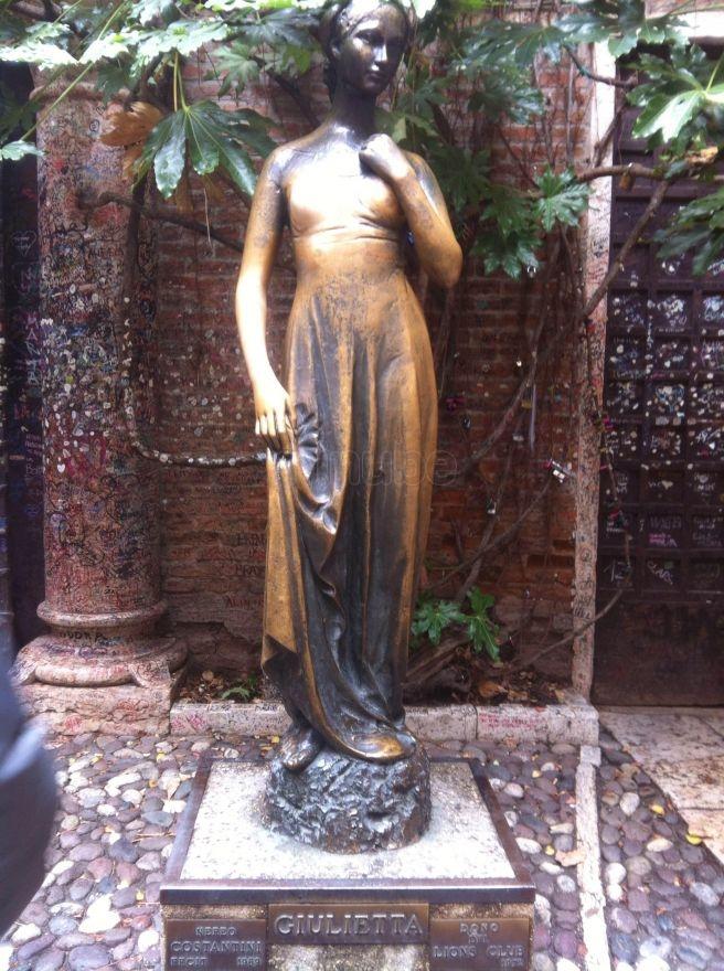 estatua-de-julieta_6883301