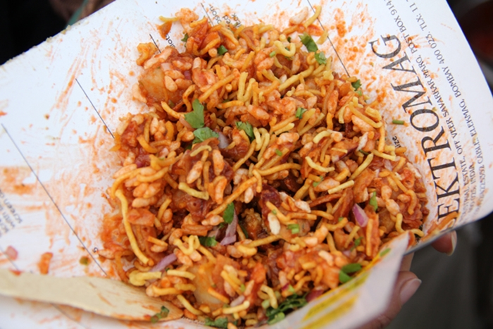 10-Of-The-Best-Street-Foods-Across-The-World-9.-India-Bhel-Puri