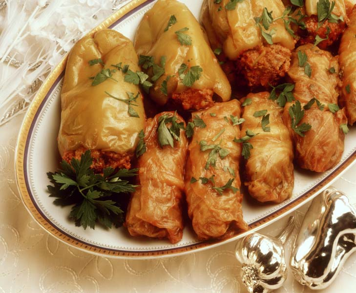 Stuffed peppers and cabbage roulades (from Israel)