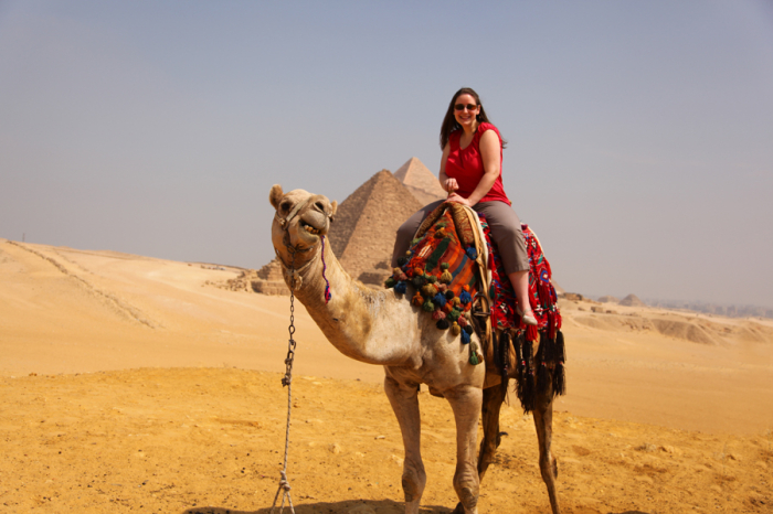 Riding-a-Camel-at-the-Pyramids-700x466