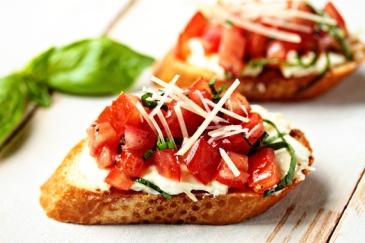 Garlic-Tomato-Bruschetta2-1-of-1