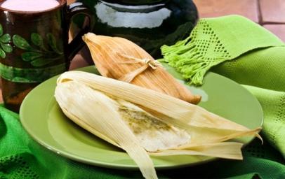 tamal-de-queso-y-chile-verde