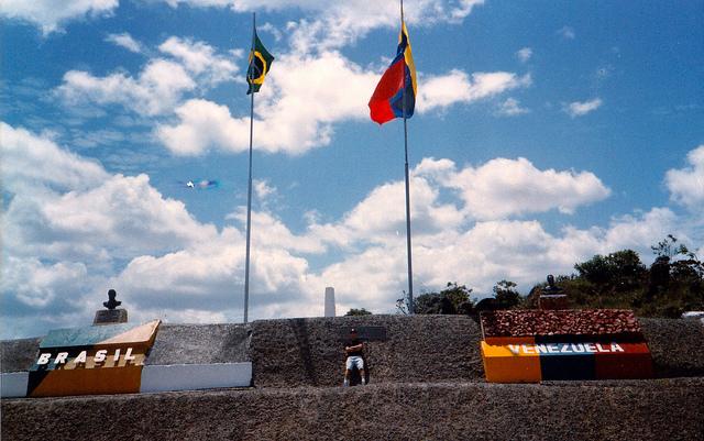 Venezuela-brazil-border.jpg